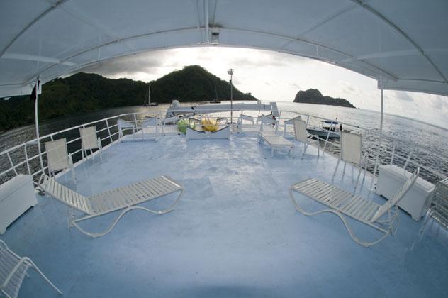 Sea Hunter Sun Deck