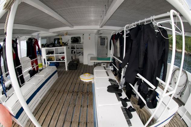 Sea Hunter Ponte Diving