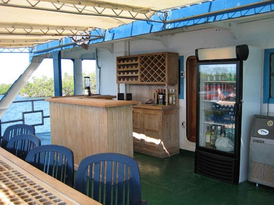 hotel galleggiante tortuga viaggi e offerte sub giardini