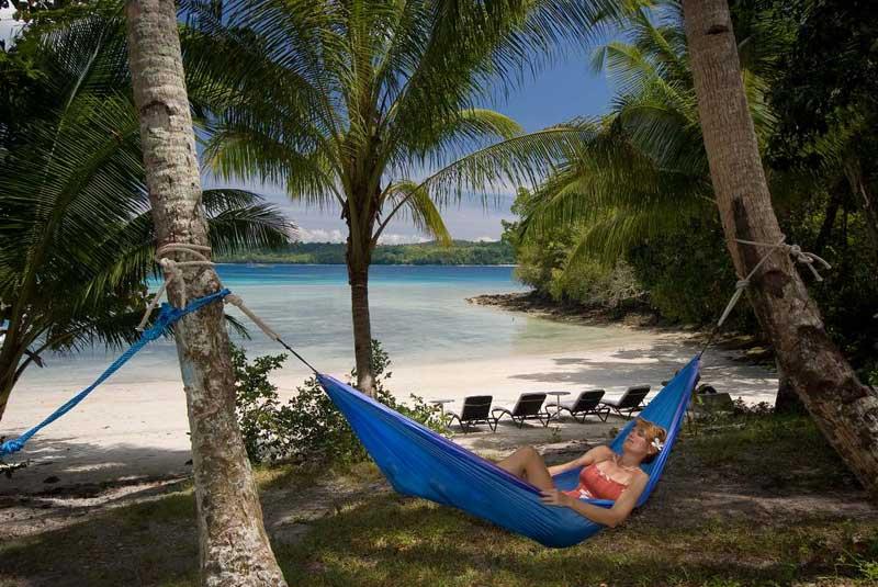 Komodo Island Cape Paperu Reso...