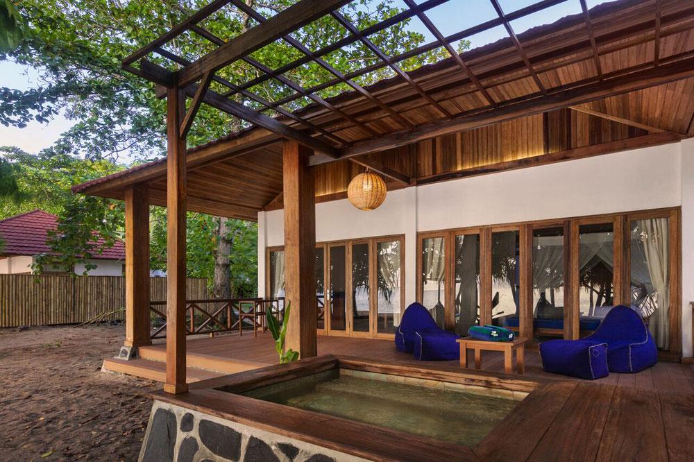 Luxury Villa veranda