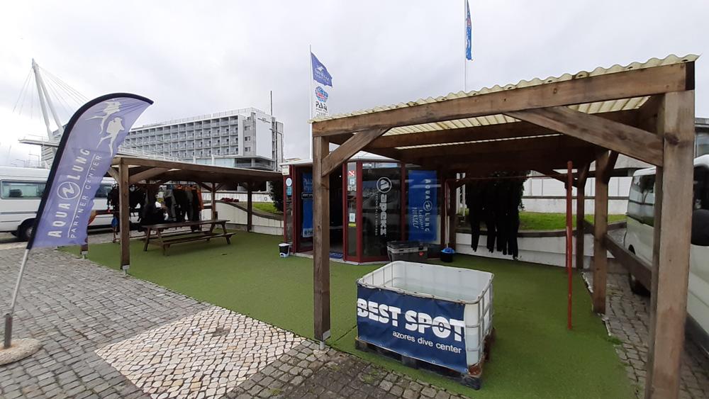 Dive Center Best Spot