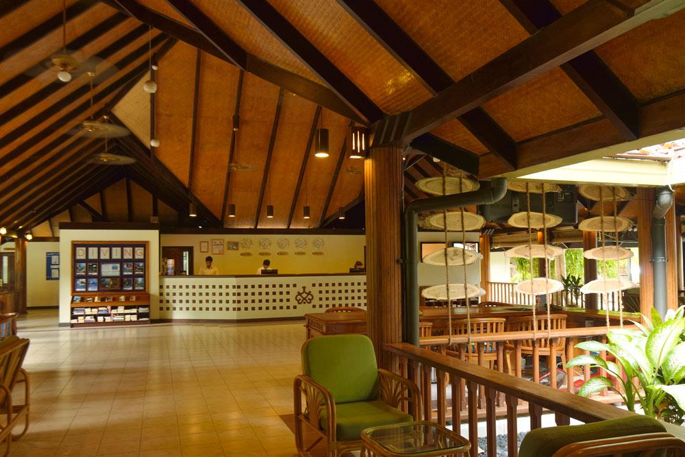 Paradise Island Lobby