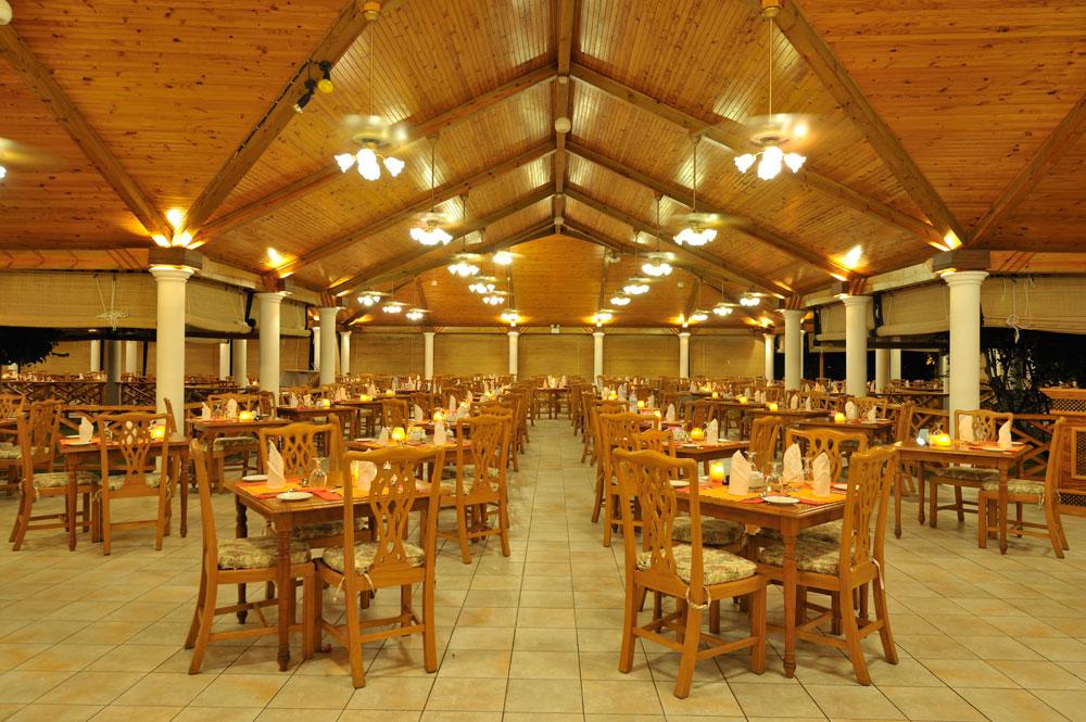 Sun-Island_Maaniya-Restaurant