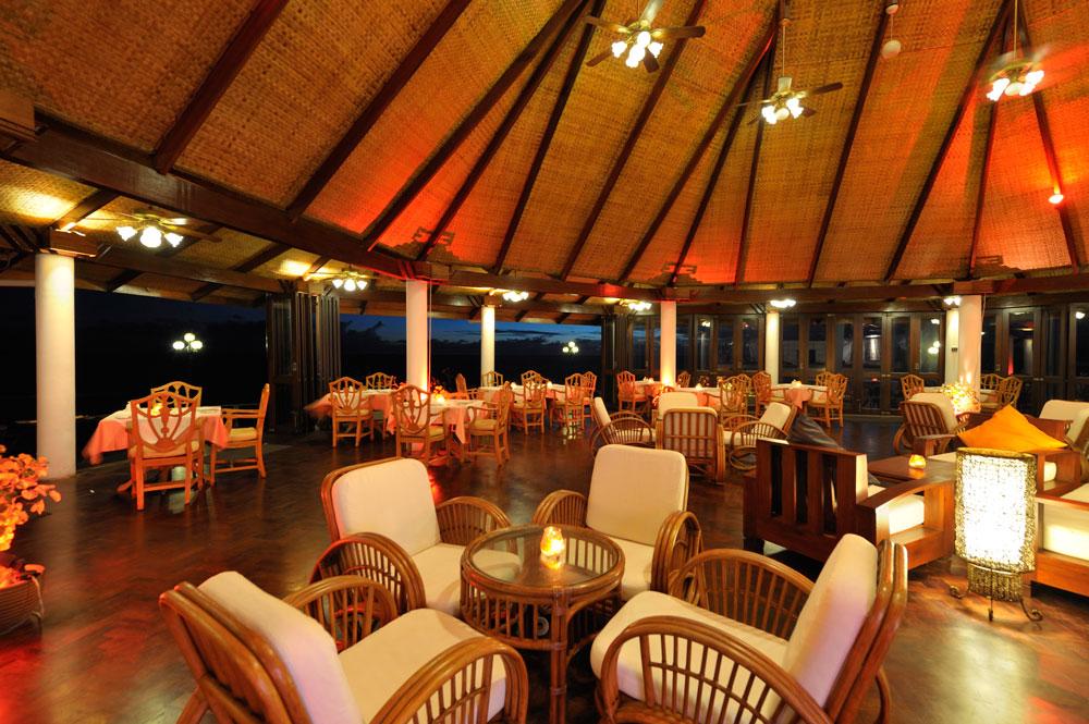 Sun-Island_Southern-Star-Restaurant_Interno