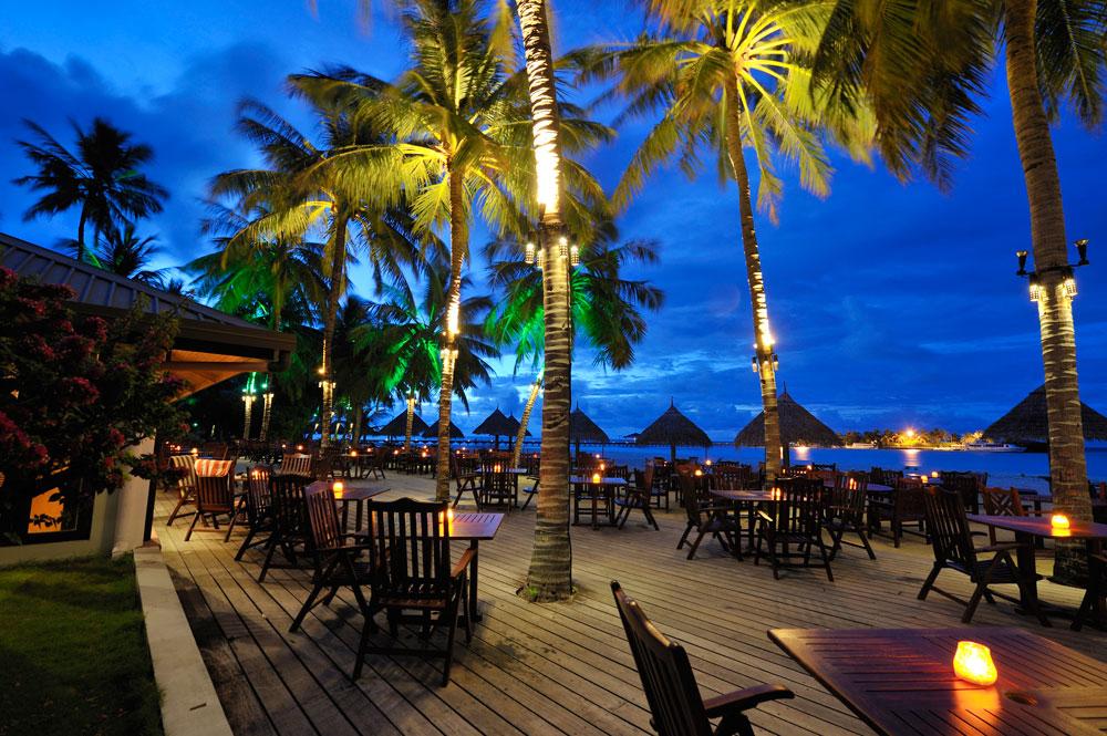 Sun-Island_Mekunu-Bar