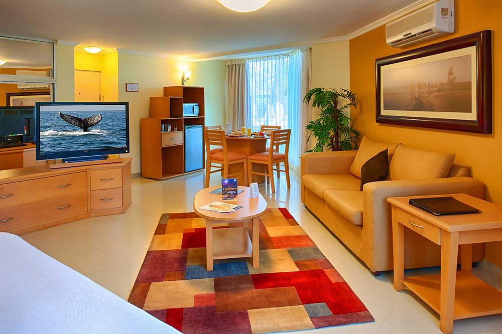 Hotel-Araizia-Palmira Mater Suite Area Relax